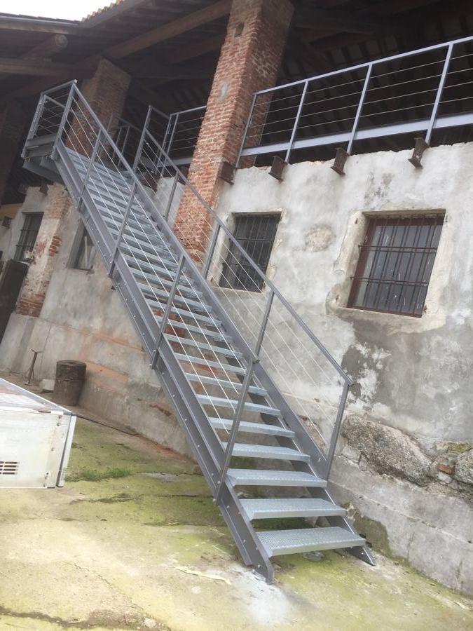 scala in ferro vievi serramenti